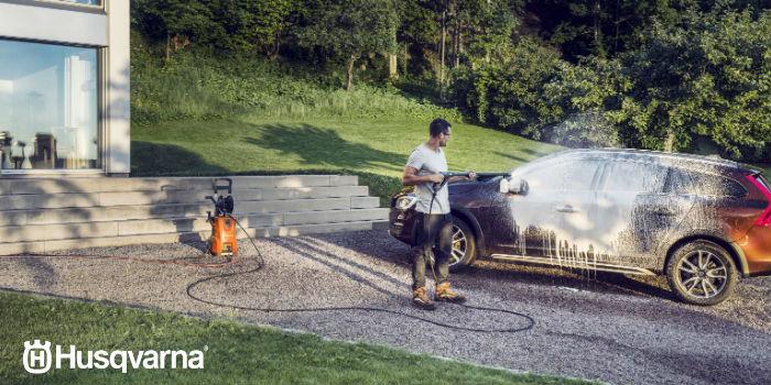 limpieza-coche-con-hidrolimpiadora